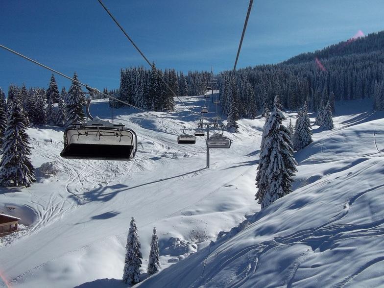 Pamporovo ski lift, winter Bulgaria