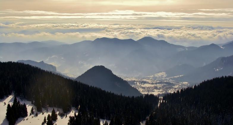 Pamporovo panorama, snowboard runs